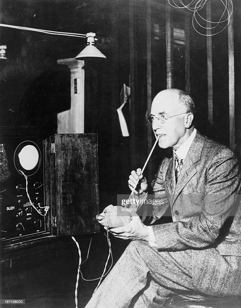 US-american physicist Frederick Bedell. Cornell University in Ithaca (New York). About 1930. Photograph. (Photo by Imagno/Getty Images) Der US-amerikanische Physiker Frederick Bedell. Cornell University in Ithaca (New York). Um 1930. Photographie.