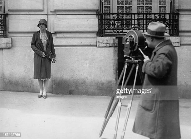 USamerican tennis player Helen Wills Moody in Paris About 1932 Photograph Die USamerikanische Tennisspielerin Helen Wills Moody in Paris Um 1932...