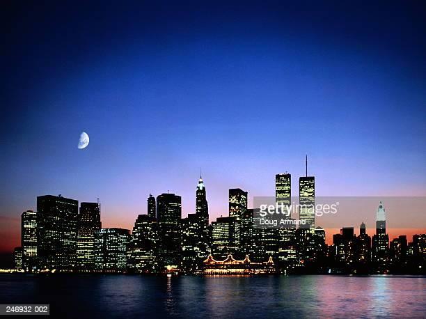 USA,New York,Manhattan skyline at dusk