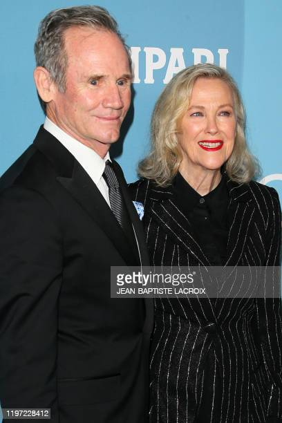 US/Canadian actress Catherine O'Hara and husband Bo Welch attend the 22nd Costume Designers Guild Awards in Beverly Hills on January 28 2020
