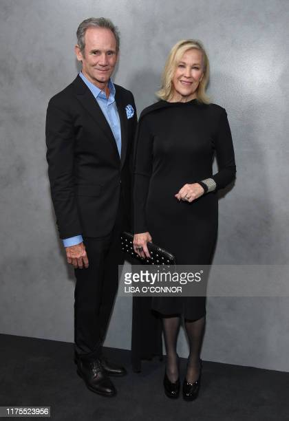 USCanadian actress Catherine O'Hara and husband US production designer Bo Welch arrive for the Hammer Museum's 17th Annual Gala in the Garden at the...
