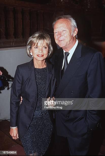 Uschi Glas + Mann Ehemann Bernd Tewaag Bei Verleihung Deutscher Videopreis 1999 In München Am 040299