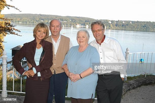 Uschi Glas Toni Berger Ruth Drexel Gerd Anthoff ARDKomödie Zwei am großen See Chiemsee Schauspielerin Schauspieler See Promis Prominente Prominenter