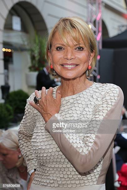 Uschi Glas wearing jewelry by Sevigne during the Mercedes-Benz reception at 'Klassik am Odeonsplatz' 2016 on July 17, 2016 in Munich, Germany.