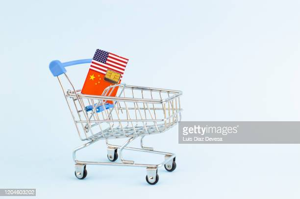 us-china  trade wars for technological supremacy - trade war stock pictures, royalty-free photos & images