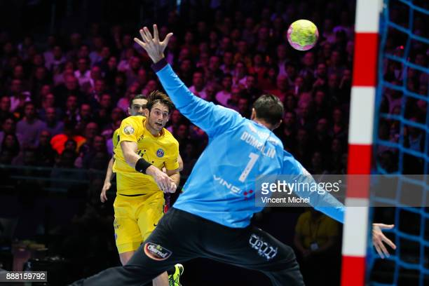 Use Gensheimer of Paris SG during the Lidl Starligue match between Nantes and Paris Saint Germain PSG on December 7 2017 in Nantes France