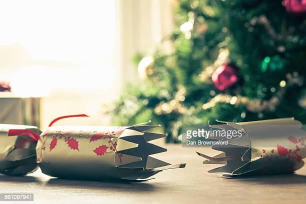 used christmas cracker - クリスマスクラッカー ストックフォトと画像
