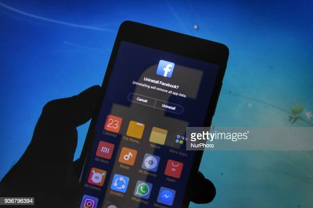 User shows facebook delete option on his cellphone