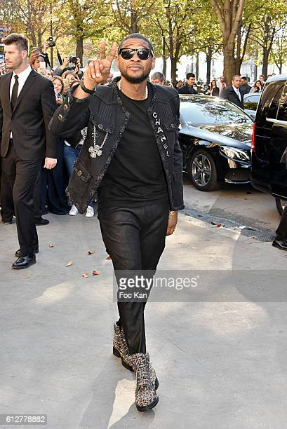 Usher attends the Chanel show as part of the Paris Fashion Week Womenswear Spring/Summer 2017 on October 4, 2016 in Paris, France.