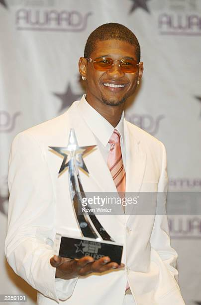 Usher Best Male RB at the 2nd Annual BET Awards at the Kodak Theatre in Hollywood Ca Tuesday June 25 2002 Photo by Kevin Winter/ImageDirect