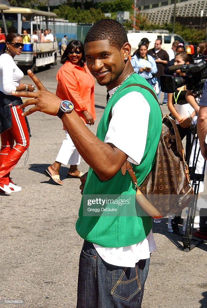Usher during The 2002 Teen Choice Awards - Arrivals at The Universal Amphitheatre in Universal City, California, United States.