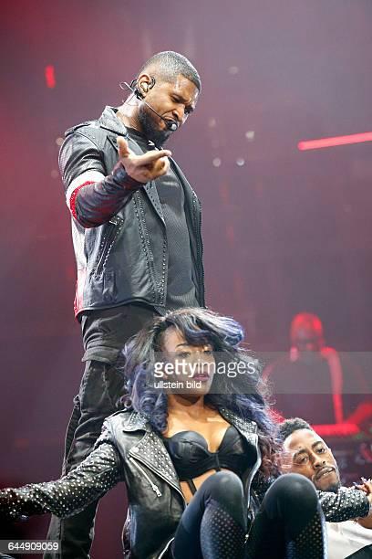 Usher eigentlich Usher Terry Raymond IV der amerikanische Musiker Saenger und Schauspieler bei einem Konzert in Hamburg o2 World Arena