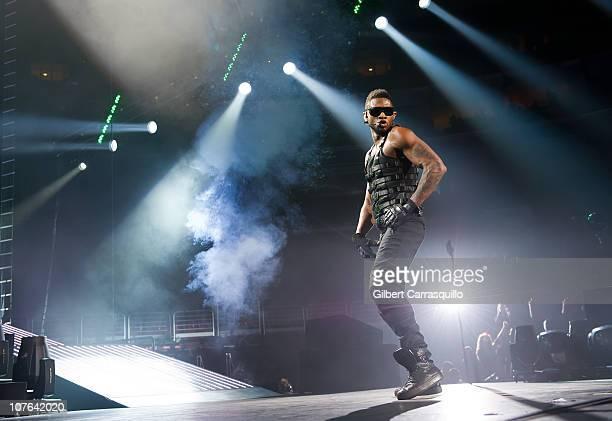 Usher performs at the Wells Fargo Center on December 16, 2010 in Philadelphia, Pennsylvania.