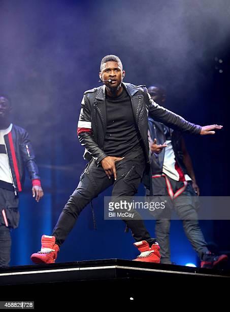 Usher performs live in concert at the Wells Fargo Center November 11, 2014 in Philadelphia, Pennsylvania.