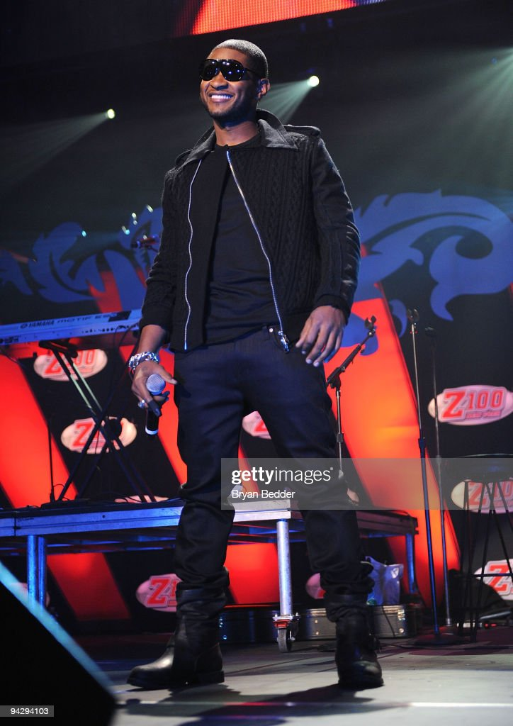 Usher performs onstage during Z100's Jingle Ball 2009 at Madison Square Garden on December 11, 2009 in New York City.