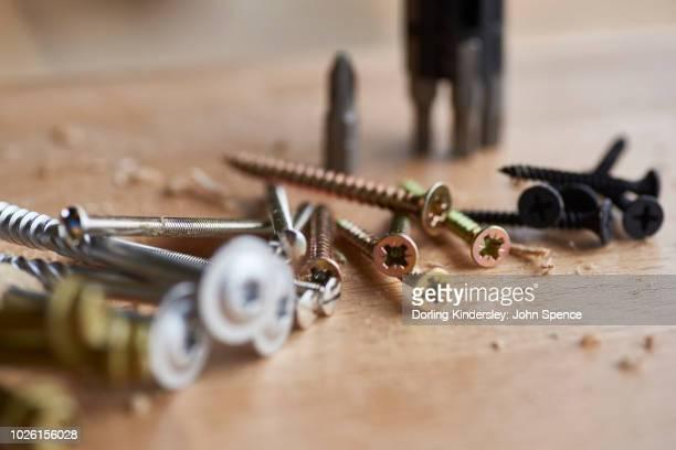 Using a screwdriver - selecting a bit