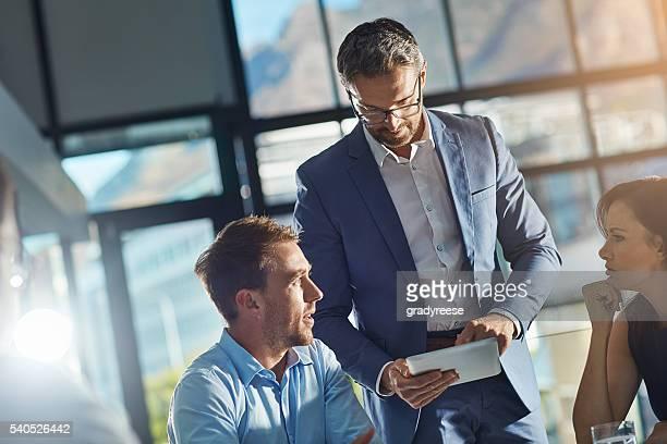 Aide de la technologie pour trouver des solutions d'affaires
