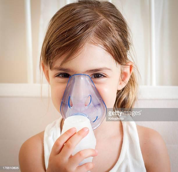 Mit der inhalation Maske