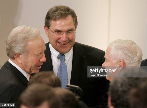 Senator Joseph Lieberman, German Defense Minister Franz Josef Jung and Robert Gates, Secretary of Defense of the United States of America speak...