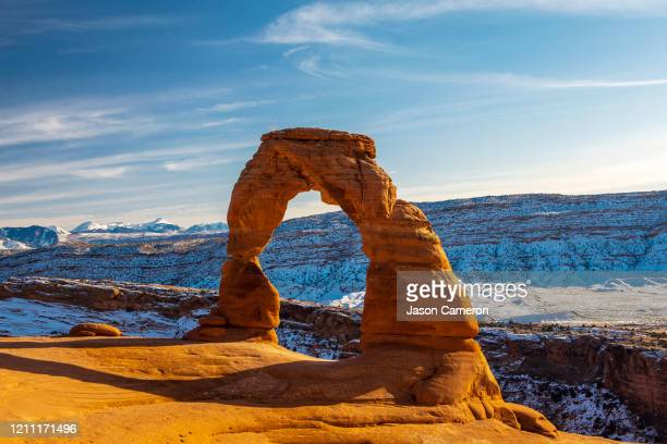 a utah classic: delicate arch - rock formation stock pictures, royalty-free photos & images
