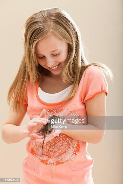 USA, Utah, Lehi, Girl (8-9) playing with mouse