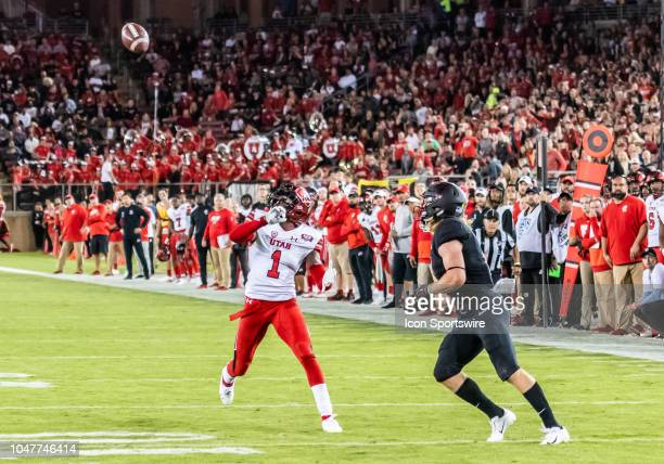 Utah Utes defensive back Jaylon Johnson turns back to defend a pass play to Stanford Cardinal wide receiver Trenton Irwin during the game between the...
