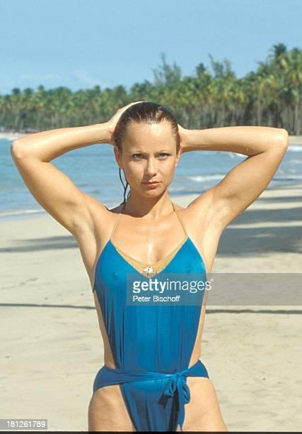 Ute Christensen ZDFSerie Traumschiff Puerto Rico/Karibik San Juan Ausflug Urlaub Palmen Meer Sexy Schauspielerin Schauspieler Promis Prominente...