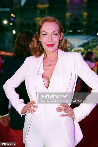 Ute Lemper arrives for the Life Ball 2018 at City Hall on June 2 2018 in Vienna Austria The Life Ball an annual charity event raising funds for HIV...