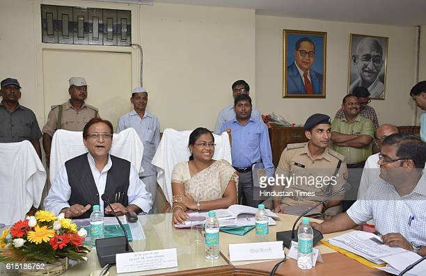 Uttar Pradesh Cabinet Minister Mohammad Azam Khan during a meeting at DM office on October 16 2016 in Ghaziabad India