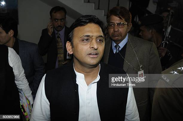 Uttar Pradesh Chief Minister Akhilesh Yadav with security personnel at Uttar Pradesh Bhawan before a meeting with Delhi Chief Minister Arvind...