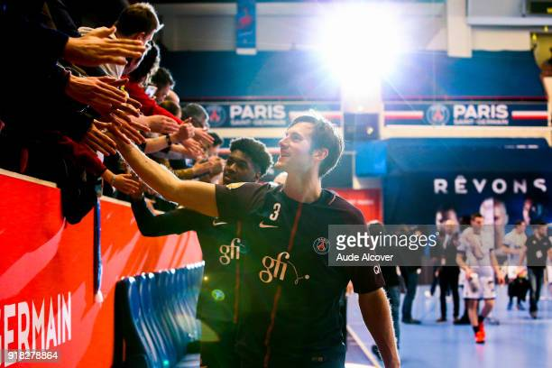 Uwe Gensheimer thanks the fans of Psg during the LidlStarLigue match between Paris Saint Germain and Saran at Stade Pierre de Coubertin on February...