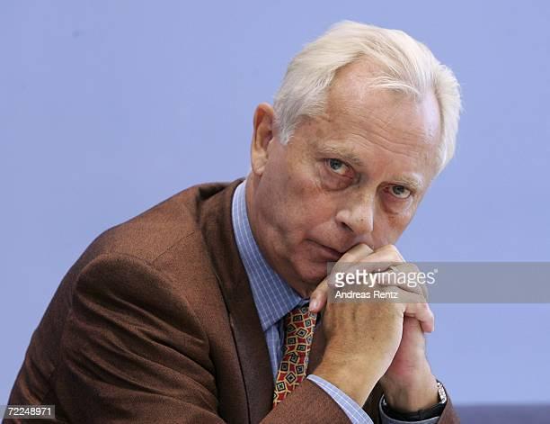 UweKarsten Heye President of Gesicht zeigen Aktion weltoffenes Deutschland eV looks on during a news conference on October 24 2006 in Berlin Germany...