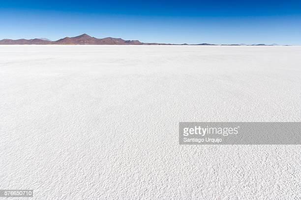 uyuni salt flats - salt flat stock pictures, royalty-free photos & images