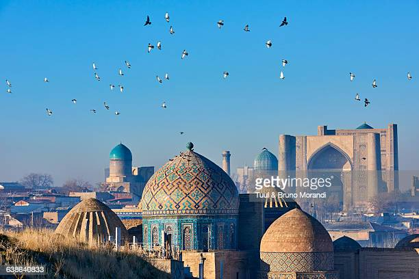 uzbekistan, samarkand, shah-i-zinda - muziek stock pictures, royalty-free photos & images