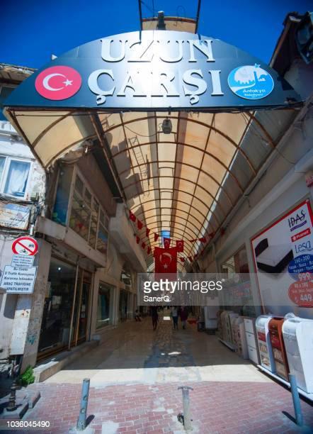 uzun carsi (lange bazaar) in antakya, turkije - hatay stockfoto's en -beelden