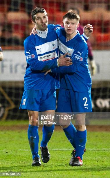 V AIRDRIE UTD.EAST END PARK - DUNFERMLINE.Airdrie Utd's Paul Di Giacomo celebrates his goal with team-mate Chris O'Neil