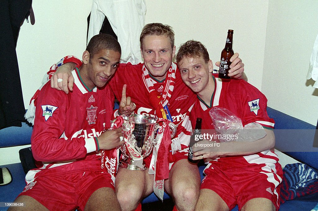 Liverpool v Bolton Wanderers - 1995 Coca Cola League Cup Final : News Photo