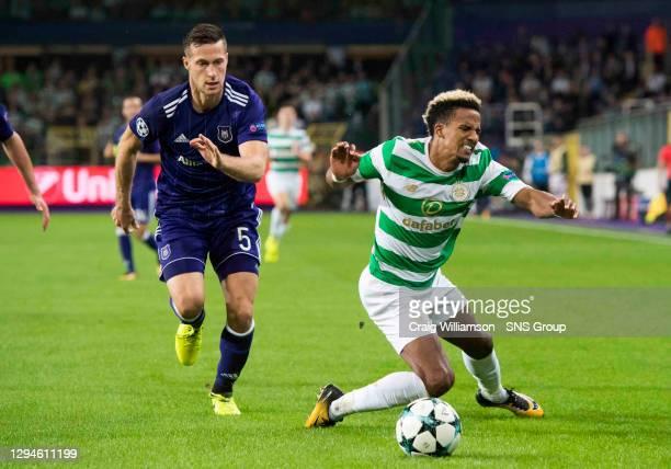 V CELTIC .ANDERLECHT - BELGIUM.Celtic's Scott Sinclair competes with Anderlecht's Uros Spajic