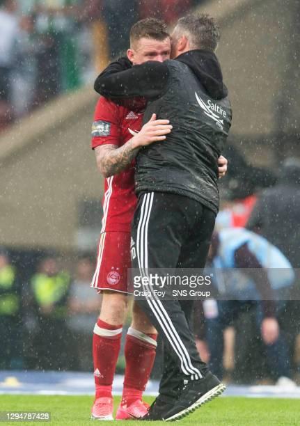 V CELTIC .HAMPDEN PARK - GLASGOW.Aberdeen's Jonny Hayes and Aberdeen assistant manager Tony Docherty at full tine