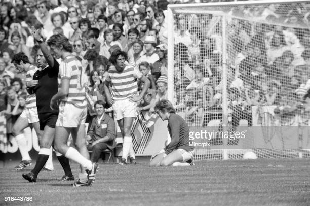 QPR v Everton Division One Football 21st August 1976 Dismay for QPR goalkeeper Phil Parkes after throwing the ball in his own net