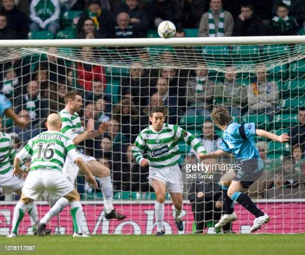 V FALKIRK .CELTIC PARK - GLASGOW.Anthony Stokes passes up a great opportunity to give Falkirk the lead
