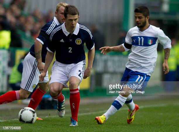 V ITALY U21.EASTER ROAD STADIUM - EDINBURGH.Scotland's Ryan Jack pulls clear of Lorenzo Insigne