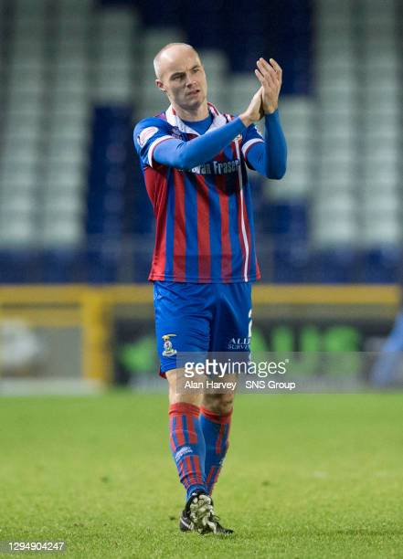 V LIVINGSTON .TULLOCH CALEDONIAN STADIUM - INVERNESS.David Raven in action for Inverness