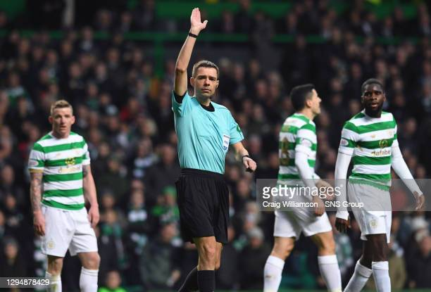 V MOTHERWELL .CELTIC PARK - GLASGOW .Referee Kevin Clancy disallows Tom Rogic's goal
