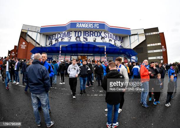 V PROGRES NIEDERKORN .IBROX - GLASGOW .Rangers fans arrive at Ibrox excited by the return of European football