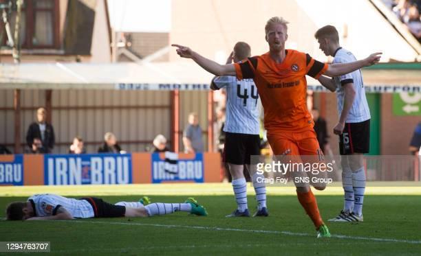 V ST MIRREN.FIR PARK - MOTHERWELL.Dundee Utd's Thomas Mikkelsen celebrates his goal