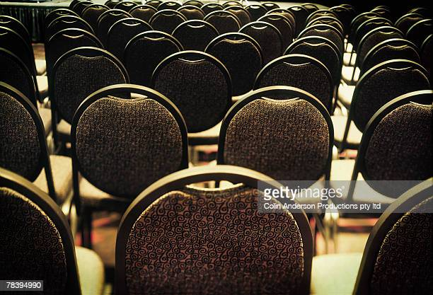 vacant chairs - shareholder stock pictures, royalty-free photos & images