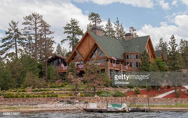vacation home on big bear lake - big bear lake stock pictures, royalty-free photos & images