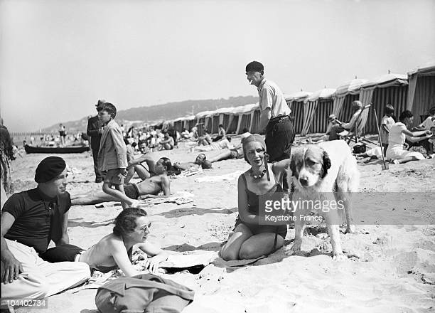 Vacationers crowd the Deauville beaches around 1936
