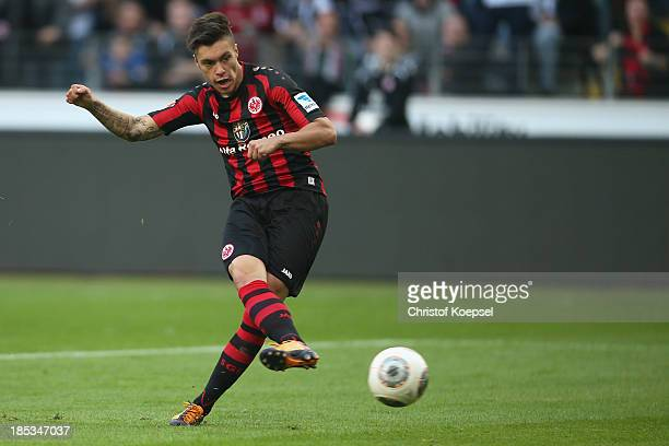 Vaclav Kadlec of Frankfurt scores the first goal during the Bundesliga match between Eintracht Frankfurt and 1 FC Nuernberg at Commerzbank Arena on...